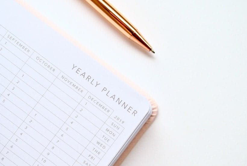 Yearly planner for setting up a monthly dividend portfolio